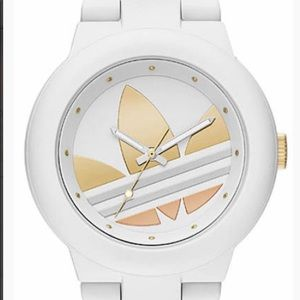 BNWOT WOMENS ADIDAS WHITE SILICONE SPORTS WATCH